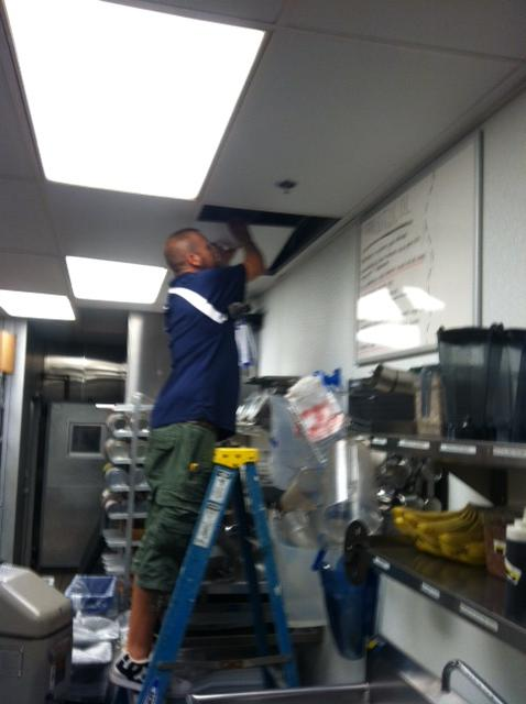 Kitchen Wiring at Houlihan's Restaurant in Upper Arlington, OH