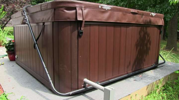 Hot Tub Installation in Columbus, OH